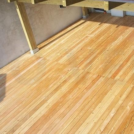 Pavimento da esterno legno larice siberiano onlywood for Listone sottotetto