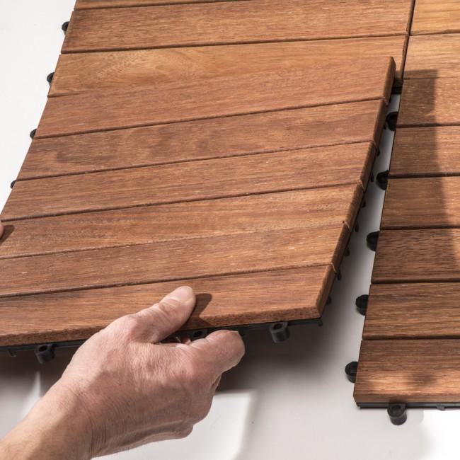 Pavimento frassino liscio da esterno quadrotta 30 x 30 x 3 cm autoposante onlywood - Pavimento in legno da esterno ...