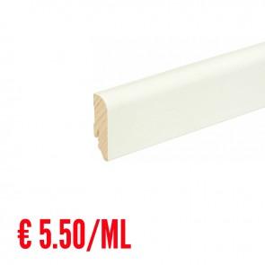 24 ML Battiscopa LISCIO STONDATO legno BIANCO RAL9016 - 58 x 18 mm - Asta 240 cm con Passafilo - CONFEZIONE RISPARMIO
