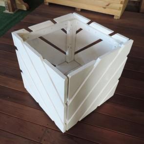 Fioriera DIAGO Bianca in legno di pino impregnato 40x40x40 h. cm
