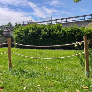 Staccionata pali in Castagno tornito con corda in canapa naturale