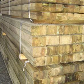 Travi in legno lamellare trattato