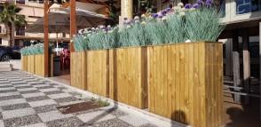 Fioriera SPLENDID legno trattato 78 x 28 altezza 78 cm con rivestimento - SALVASPAZIO
