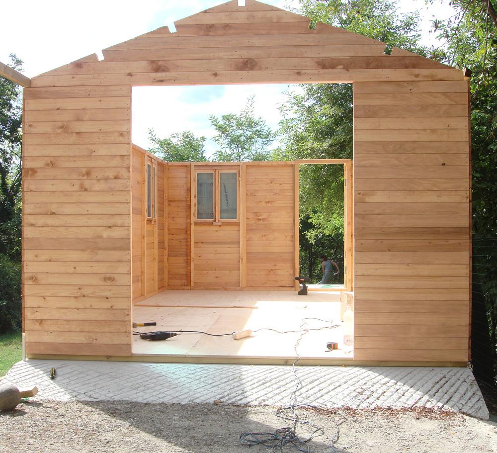 Casetta in legno da giardino a pannelli montaggio