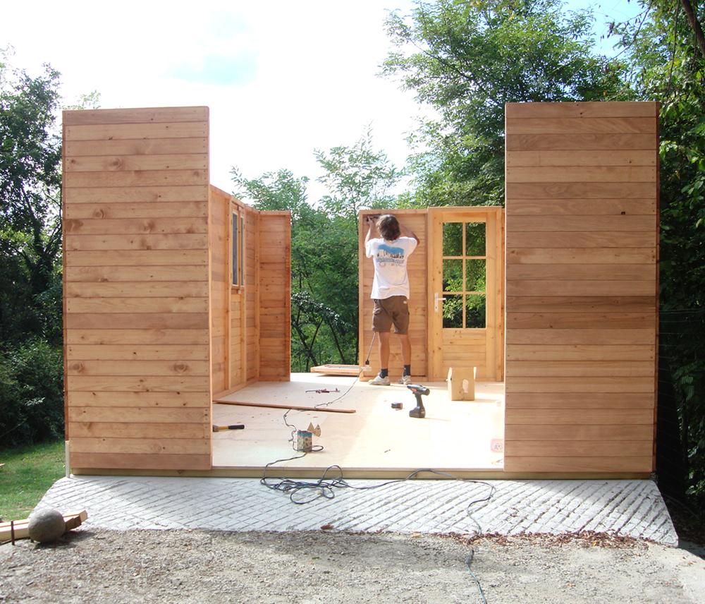 Come si monta una casetta in legno consigli per aiutarti for Case in legno senza fondamenta